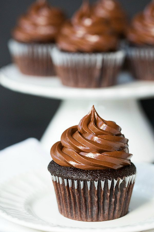 Ultimate Chocolate Cupcakes by @Michelle (Brown Eyed Baker) :: www.browneyedbaker.com