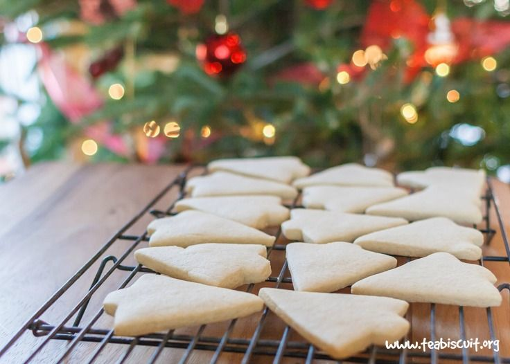 Gluten free cut out cookies recipe, it's perfect for cookie decorating with Royal Icing, is also dairy free. A great gluten free sugar cookie recipe!!
