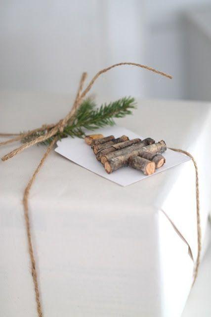 Новогодняя упаковка подарков (трафик) / Упаковка подарков / ВТОРАЯ УЛИЦА