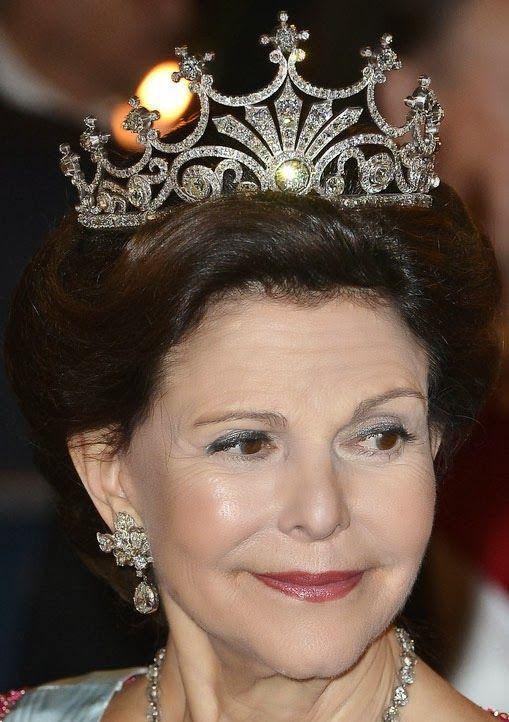 Tiara Mania: Nine Prong Tiara worn by Queen Silvia of Sweden