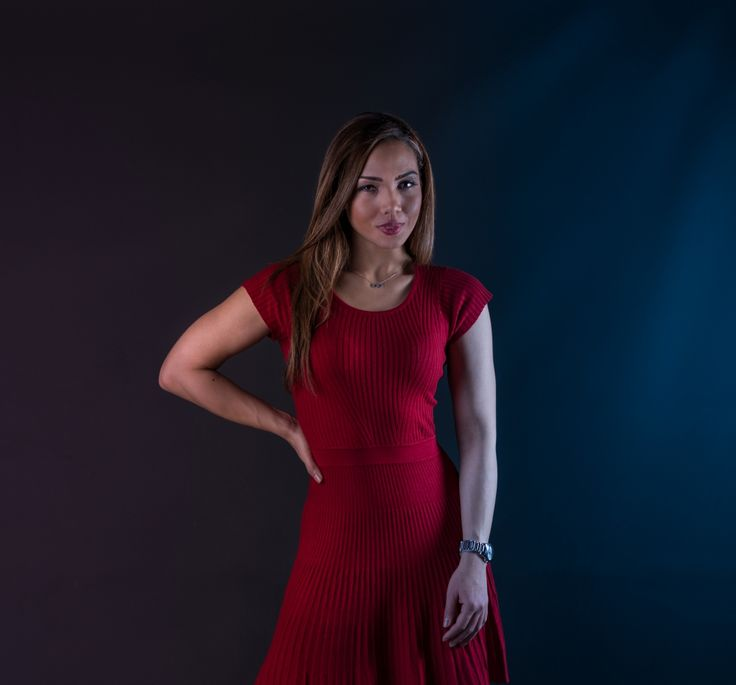 Naturally Beautiful - Silvana G. #natural #photo #ollihuhtalaphotography #portrait #henkilökuva #helsinki #finland #model #colombian #lady #red #noedit #canon #elinchrom #beautiful #kaunis #potretti #womensday #valokuvaus #studiokuvat #brunette