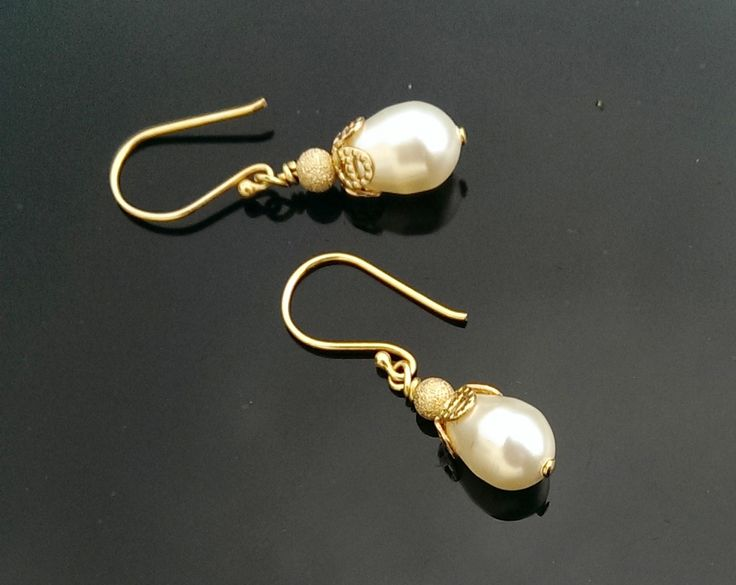 Teardrop Pearl Wedding Gold Earrings, Acorn | The Wedding Hair Accessory and Bridal Jewellery Experts.