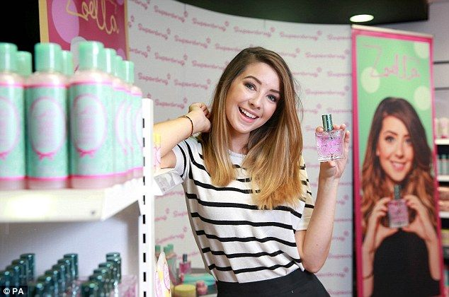 Zoella joins fans in Brighton at the launch of her bath range #dailymail