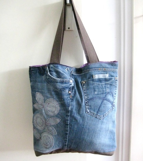 Recycled Jeans Tote - Reversible Tote Pattern | Sew ...