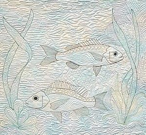 Free Motion Quilted Fish - This could work well in my quilt panel.