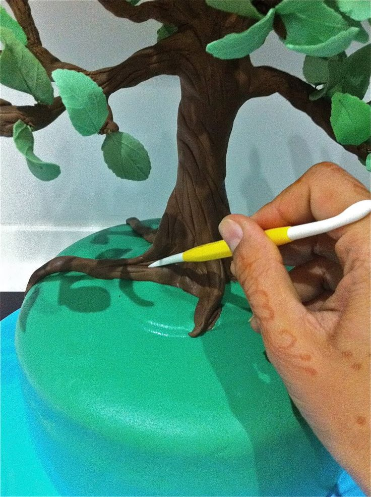 Fondant Cake Decorating Step By Step : 19 best images about tree fondant on Pinterest Trees, A ...