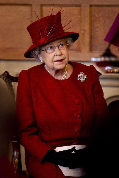 Queen Elizabeth II Photo - Queen Elizabeth II And The Duke Of Edinburgh Attend A Diamond Jubilee Multi-faith Reception