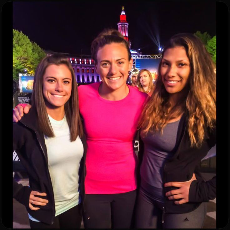 Kacy and two other female Elite American Ninja Warriors