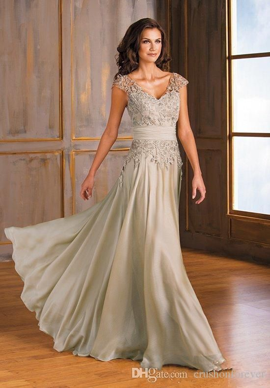 00166db714d8 Full Lace Tea Length Short Mother Of The Bride Dresses 2018 Half Sleeves  Zipper Back Wedding Party Gowns Mother Of The Bride Short Dresses Mother Of  The ...