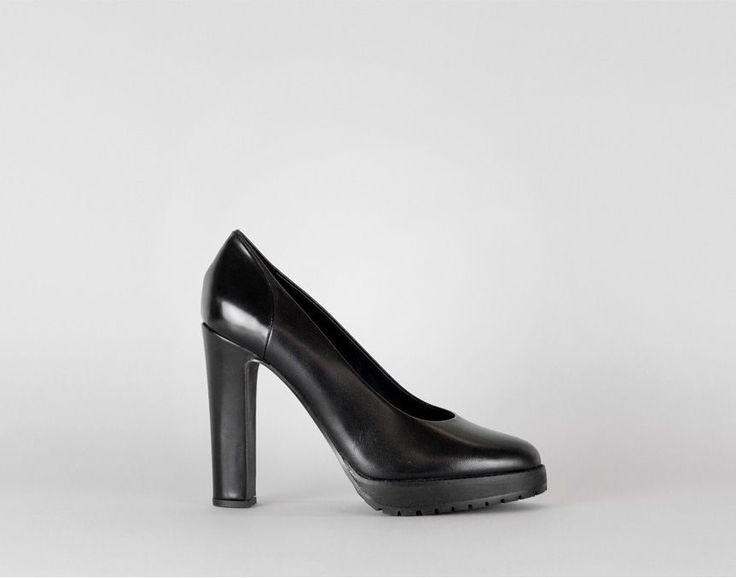 KEY PUMP | Reschia | Women's designer shoes from Stockholm | Skor Online