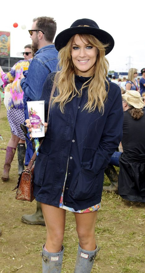 Caroline Flack rocks a hat and dip-dyed lengths at Glastonbury 2013