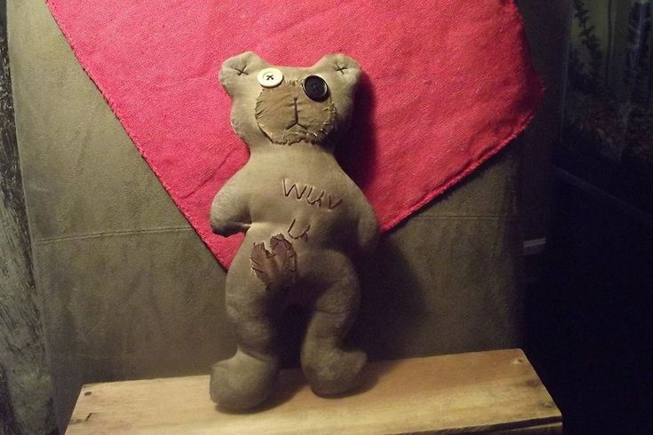 """Primitive Bear  """" WUV U""""   E-pattern  in 2 sizes 6"""" and 12"""" .  (HAFAIR) - pinned by pin4etsy.com"""