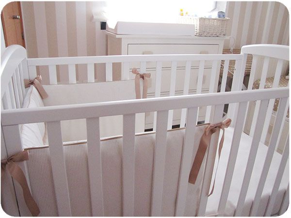 Cómo hacer una chichonera para cuna de bebé