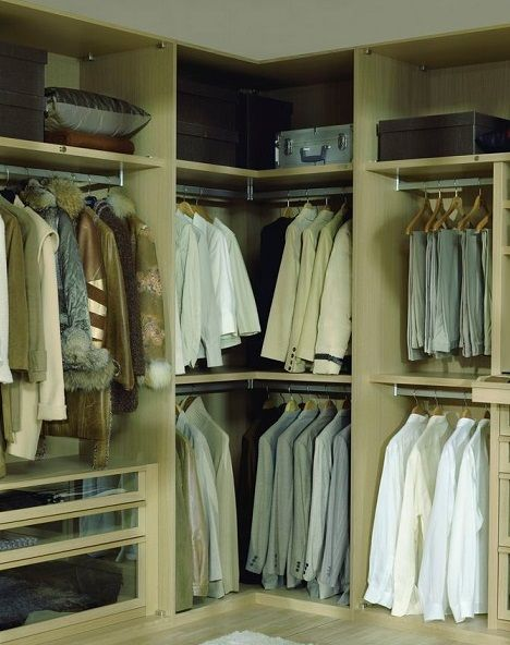 Great Carre inloopkast garderobe kast hoekkast kledingkamer ahorn kleur eiken gelakt
