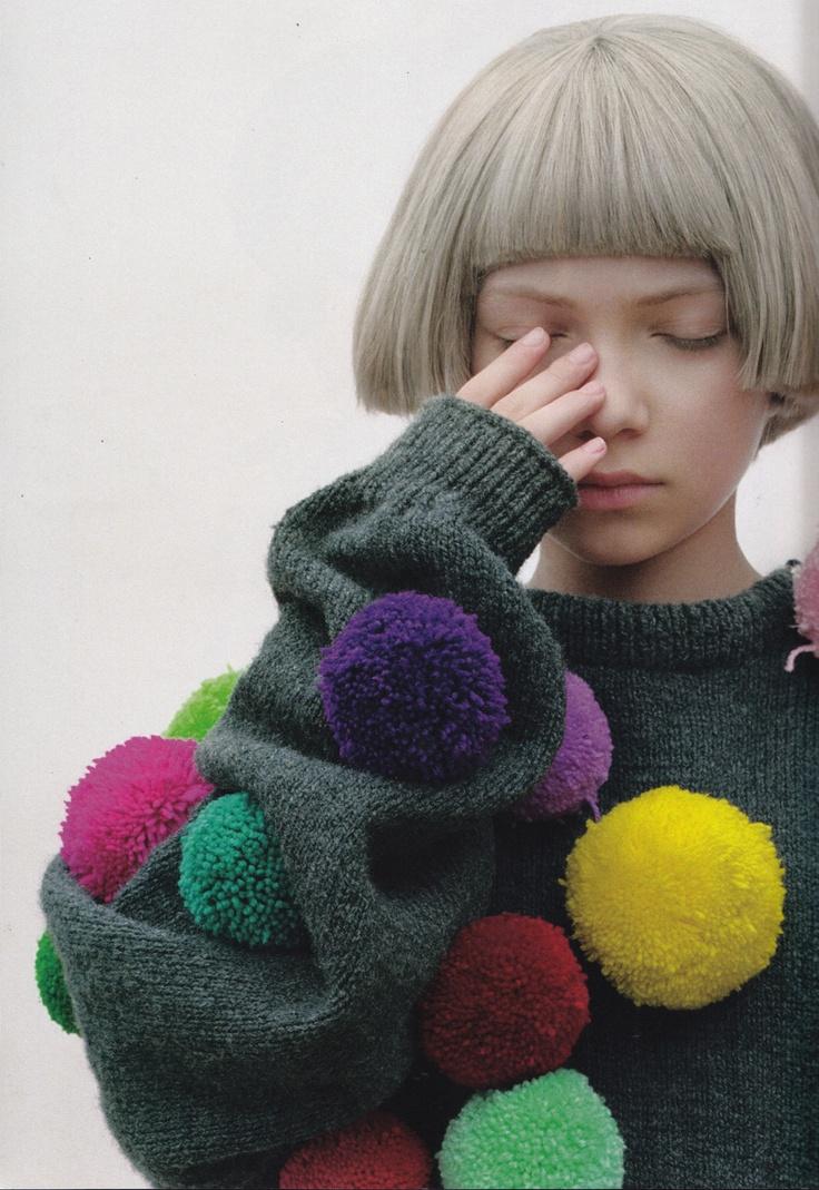 Tavi. Gray bob: Sweater, Pompoms, Tavi Gevinson, Fashion, Pom Poms, Inspiration, Style, Tavigevinson, Hair
