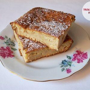 Wilgotny placek z cukinii na słodko - Kuchnia PoTreningu.pl - dietetyczne potrawy