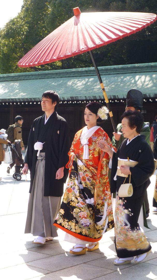 Japan People | Japanese wedding in Meiji Shrine by Yinz Luo in Japanese people ...