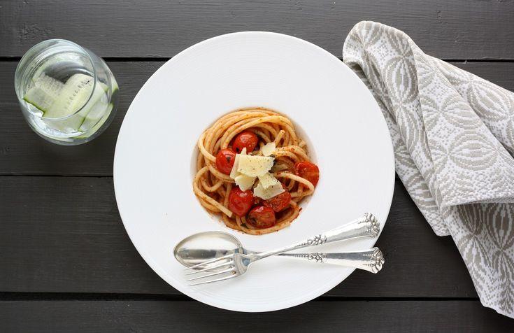 Pastasalat med tomat og pesto ♥ jegelskermad.dk