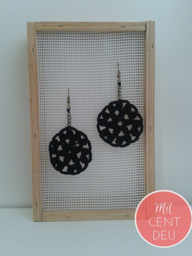 http://milcentdeu.es/6-pendientes-crochet-negros/