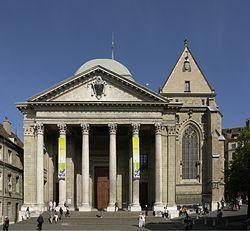 Façade de la cathédrale Saint-Pierre de Genève.☑