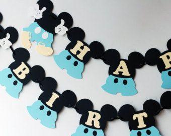 Decoraciones de cumpleaños de Mickey Mouse por RaisinsPartySupplies