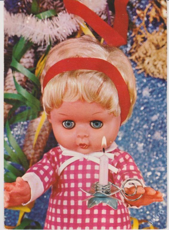 V�NOCE: panenka se sv��kou (m�lo vid�n�)