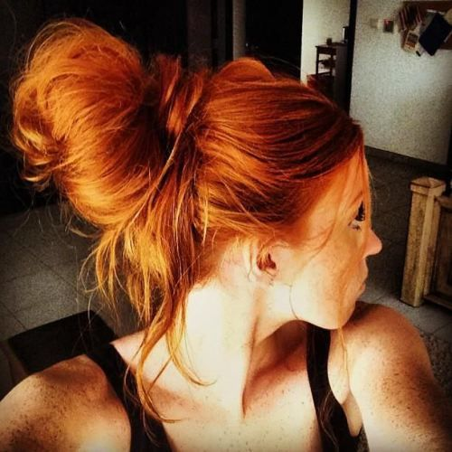 If I can find shades like this in semi or demi-permanent dyes, I'd love either the hot copper, sultry copper, or bold tangerine for my pixie cut! But I'm not ruining my natural hair again with permanent hair dyes!