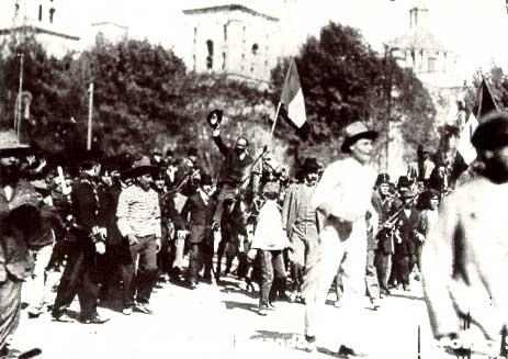 """Decena Trágica:  Febrero de 1913, en la Cd. de Mexico, el gobierno debilitado de Madero, tuvo que enfrentar la """"Decena Trágica"""", cuando militares decretaron en La Ciudadela el estado de sitio, causa de una lucha sangrienta durante 10 días. El conflicto concluyo cuando la embajada de norteamerica auspició el Pacto de la Embajada en el que Huerta desconocia el gobierno y se le nombraba presidente provisional. Se tomaron prisioneros a Madero y Pino Suarez, el 22 de feb. fueron asesinados."""