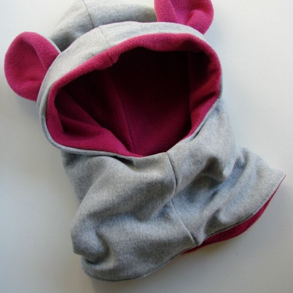 Customizable hood with bear ears for kids from 6 months to 10 years! Nice...