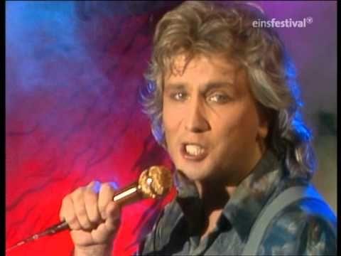 ▶ Fair Control - Angel Eyes(WWF-Club 25.10.1985) - YouTube