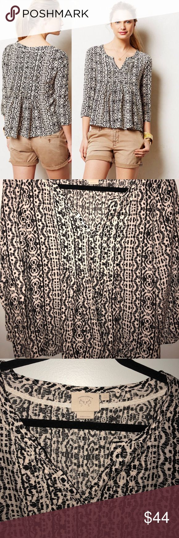 """Anthropologie Vanessa Virginia Mahdia Peasant Top Black and off white peasant blouse. Only been worn a few times and in excellent condition!  100% Rayon  Pit to pit: 21.5"""" Length: 23"""" Anthropologie Tops Blouses"""