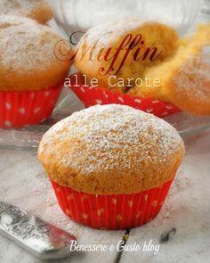 Muffin alle carote, deliziose tortine soffici dal sapore delicato ideali per la merenda o la prima colazione. Ricetta senza burro, latte, yogurt
