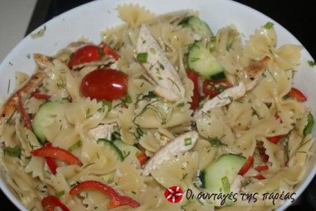 Ένα καλοκαιρινό πιάτο που ενδείκνυται ως κυρίως γεύμα για τις ζεστές ημέρες του καλοκαιριού.