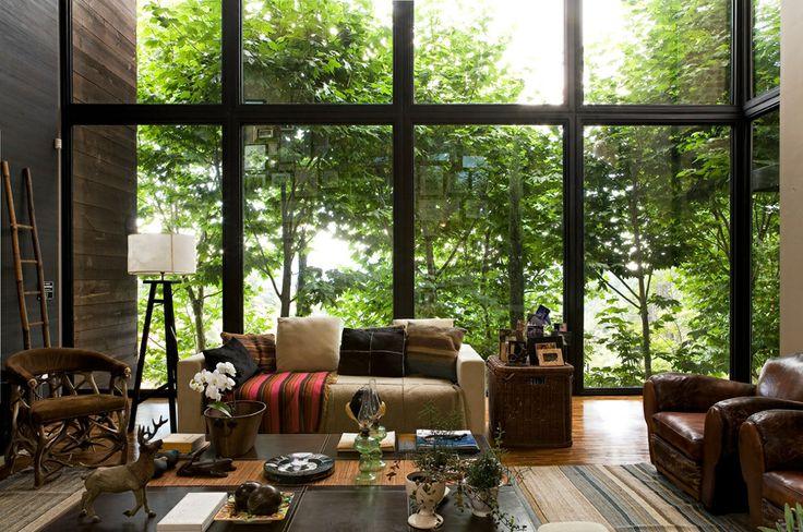 Living room by João Armentano Arquitetura