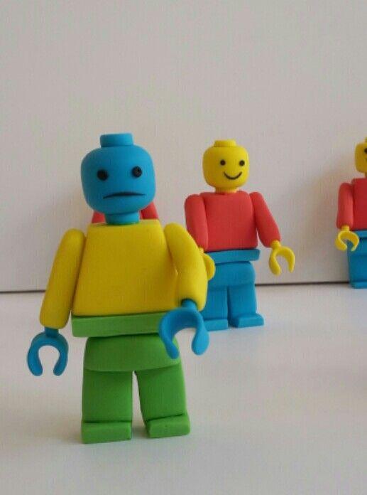 lego mini figure with sugar paste