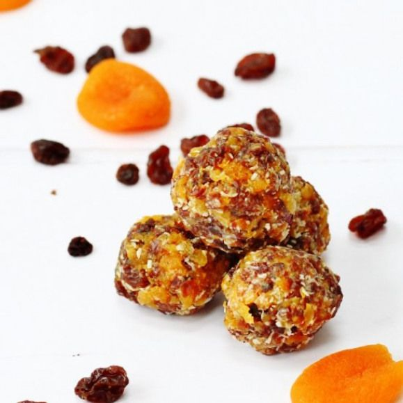 Coconut Apricot Snack Balls  Healthy dried fruit snack balls