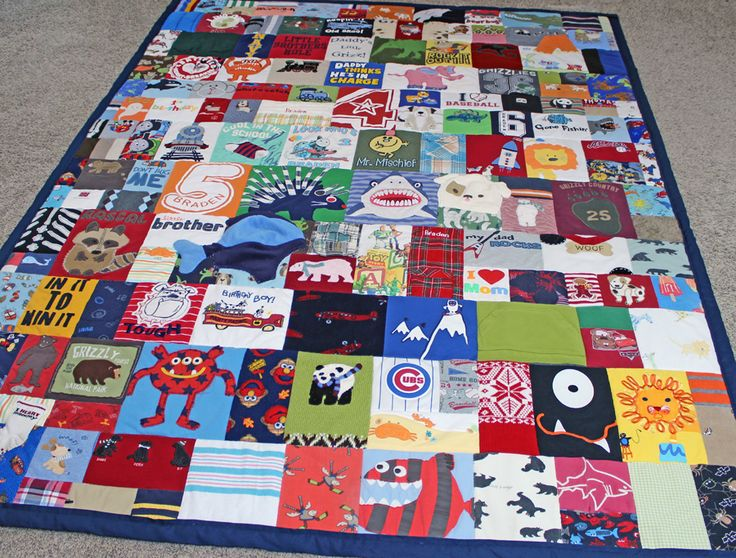Great idea - make a modern memory quilt out of all those cute baby clothes you have just sitting in a bin! http://www.jellybeanquilts.com #babyclothesquilt #kids