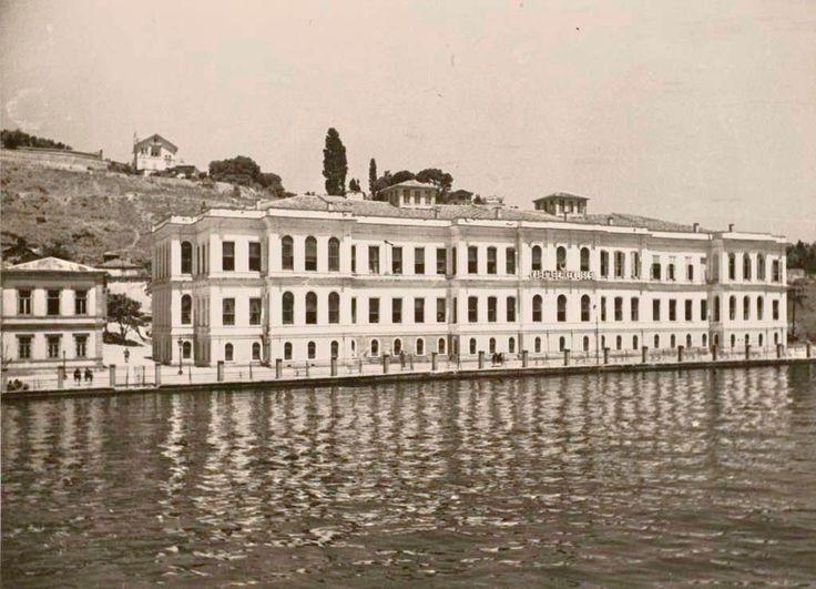 Feriye Sarayları / Kabataş Erkek Lisesi / Galatasaray Ünv.