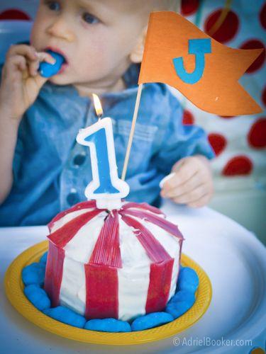 Circus Birthday Party (first birthday) circus tent smash cake - easy diy