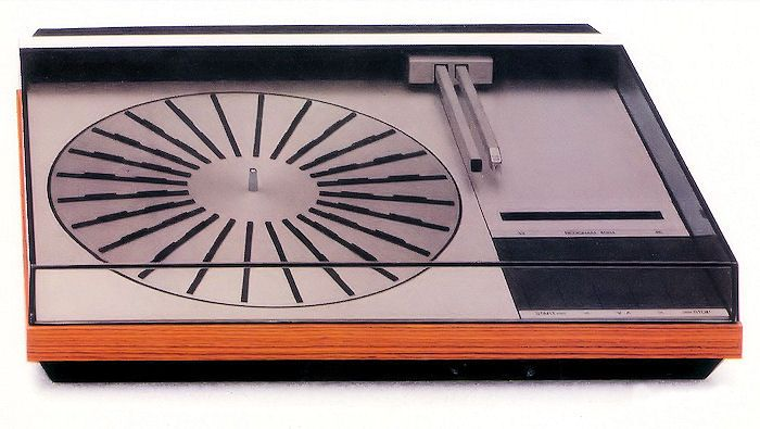 The Bang and Olufson Beogram 4004 Turntable, one of the first remote-controlled stereo components.
