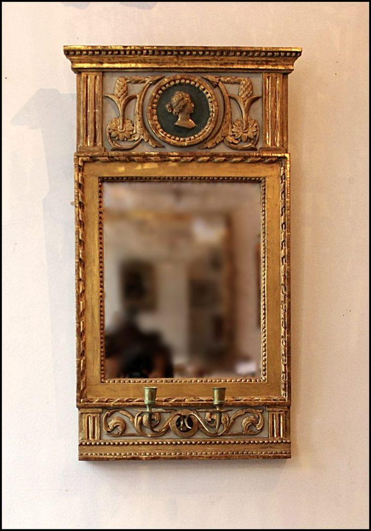 Spegel gustaviansk sengustaviansk