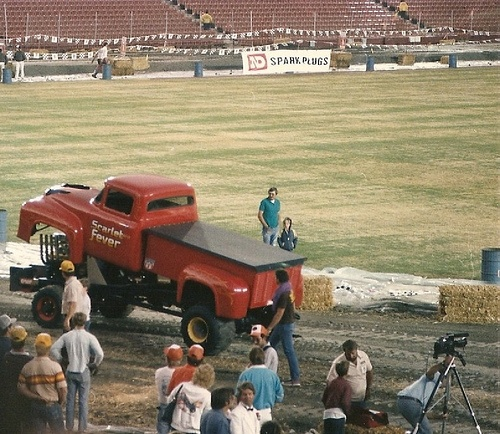 76 Best Truck And Tractor Pulling And Mud Racing Images On Pinterest