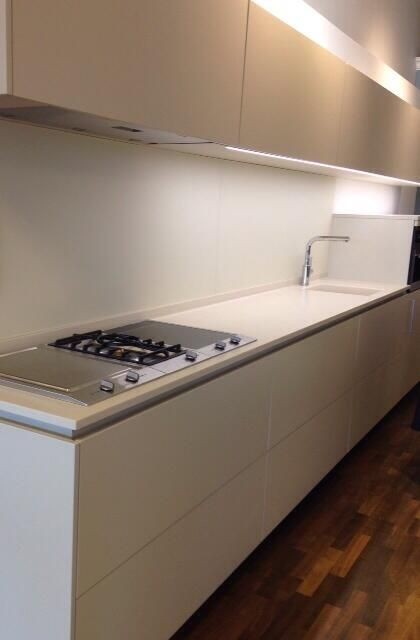 New display kitchen at poggenpohl birmingham custom made for Interior kitchen design birmingham