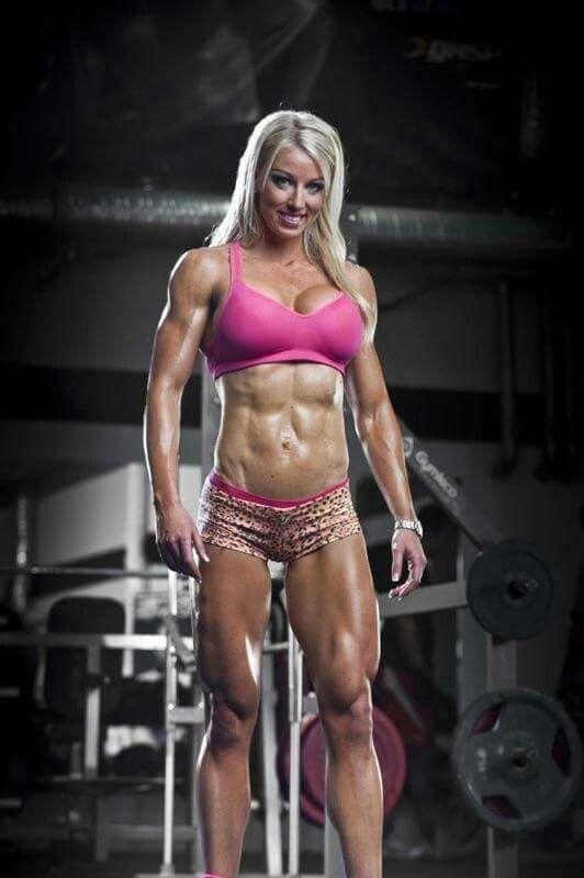 sexy-christmas-female-bodybuilders
