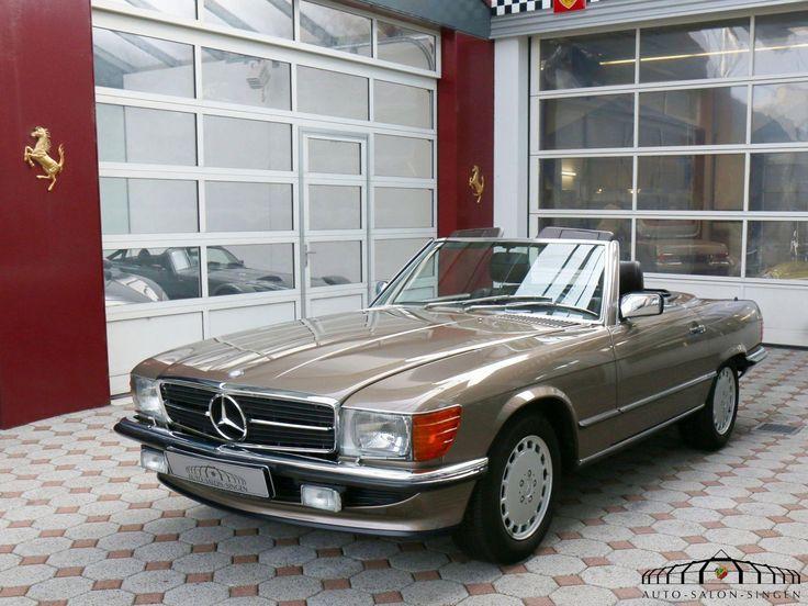 Mercedes-Benz 500 SL Convertible - Auto Salon Singen