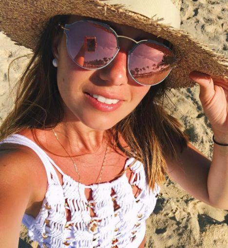 33d4a2da0eae0 Mais um dia de verão ☀  nicolepinheiro com óculos  Dior Eclat   maio em   Fortaleza  envyotica  dioreclat  summer  praia  fortale…