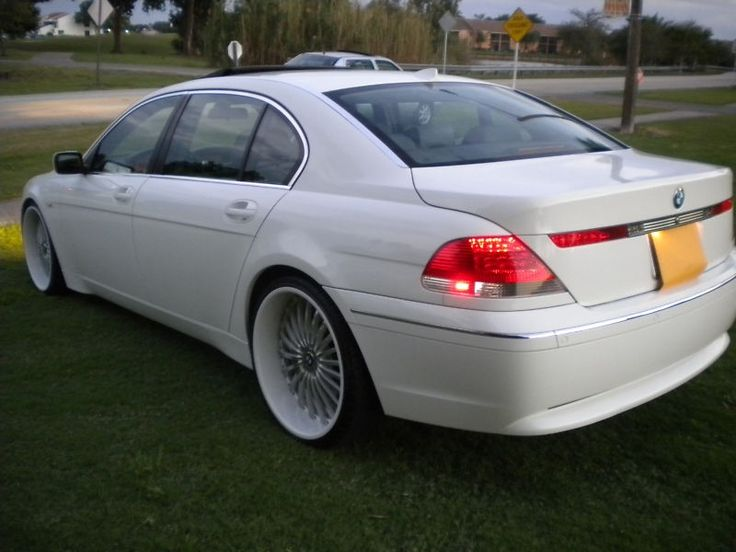 Popadocalous29s 2002 BMW 7 Series