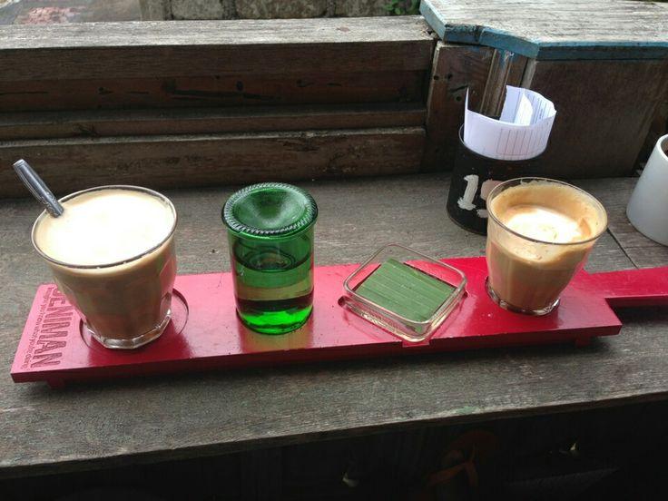 Cappucino at Seniman Cafe, Ubud, Bali