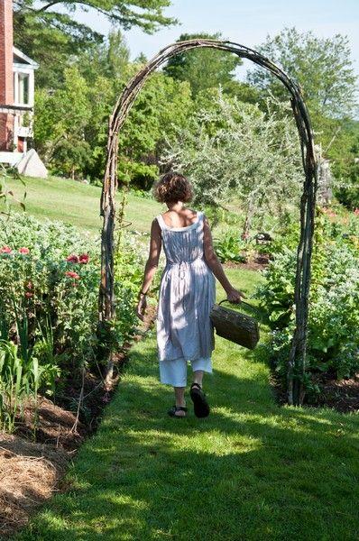 annie in her garden the complete kitchen garden designs. Black Bedroom Furniture Sets. Home Design Ideas