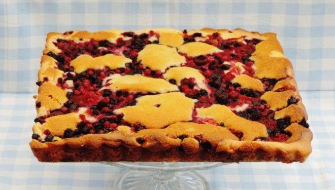 Bosvruchten roomkaas plaatcake